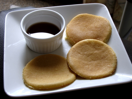 Easy Basic Pancakes Recipe