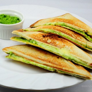 Green Mint Chutney & Cheese Sandwiches – Quick & Easy Snack Recipes