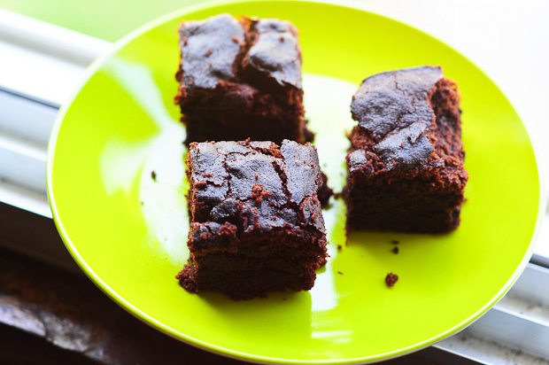 eggless banana chocolate pound cake