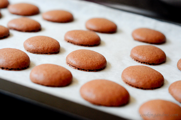 french chocolate macarons recipe