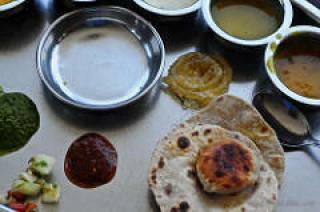 rajdhani restaurant vegetarian thaali