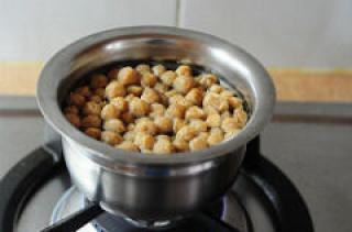 Soya chunks masala recipe with potatoes, step by step