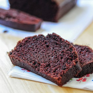 Eggless Chocolate Sponge Cake Recipe (No Butter)