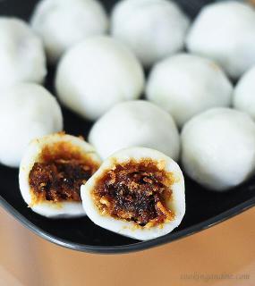 vella kozhukkattai   sweet modak   ganesh chaturthi recipes