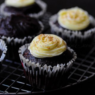 Vegan Chocolate Avocado Cupcakes-Eggless Cake Recipes