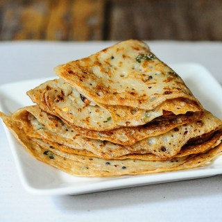 Instant wheat dosa recipe, godhuma dosa or atta dosa