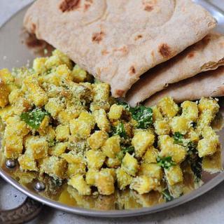 Breadfruit Thoran – Kadachakka Thoran – Kerala Thoran Recipes