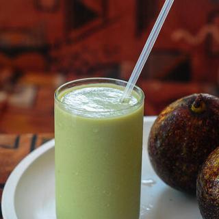Avocado Milkshake Recipe – Milkshake with Indian Butter Fruit