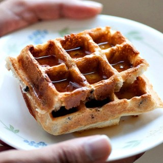 Crispy Waffles with Cacao Nibs – Recipes with Cacao Nibs