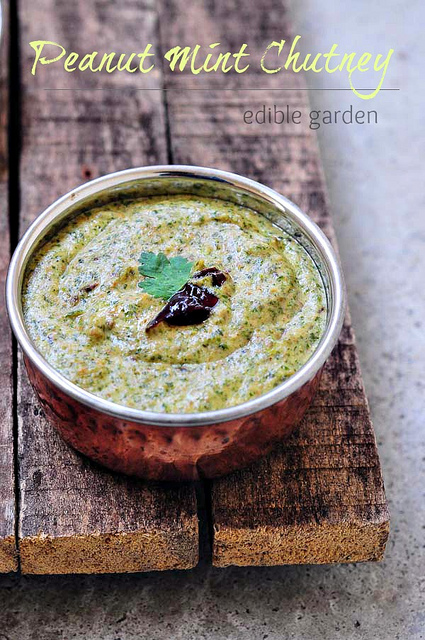 peanut mint chutney-peanut chutney with mint