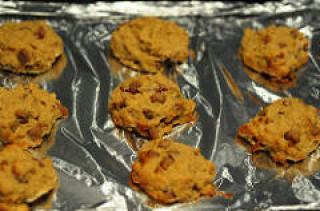 banana oatmeal chocolate chip cookies-11