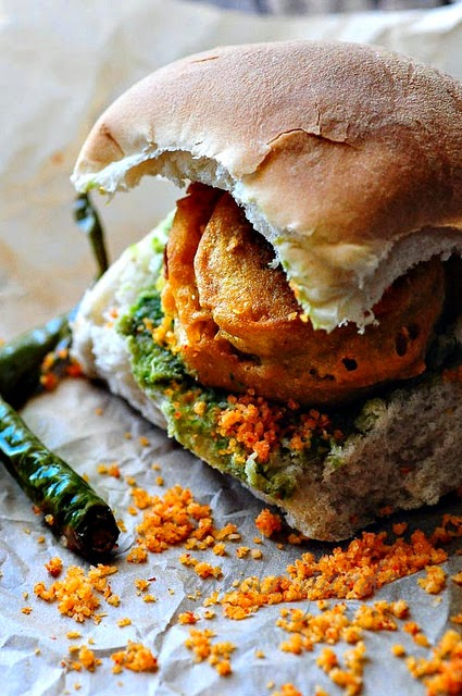 Vada Pav Recipe Mumbai Vada Pav Step By Step Edible Garden