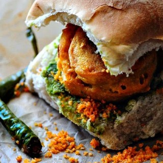 Vada Pav Recipe – How to Make Mumbai Vada Pav (Batata Pav)