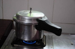 Rasgulla recipe, how to make Bengali rasgulla step by step