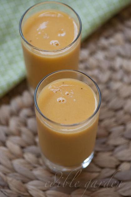 easy mango recipes to use up ripe mangoes-mango milkshake