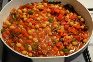chana capsicum curry recipe-6