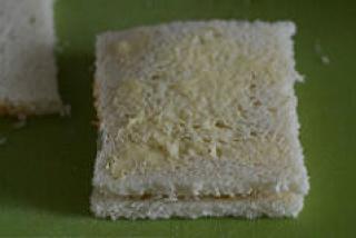 aloo masala sandwich recipe, grilled aloo sandwich