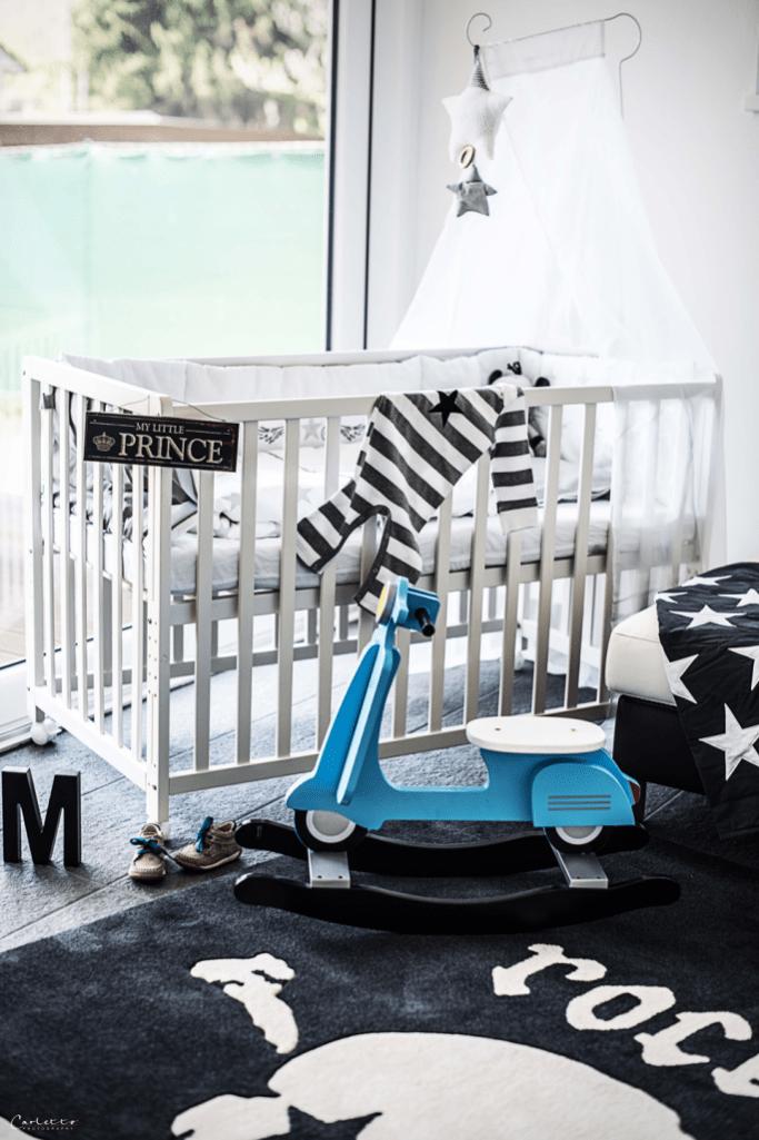 Rock Star Baby Bett & Schaukelvespa
