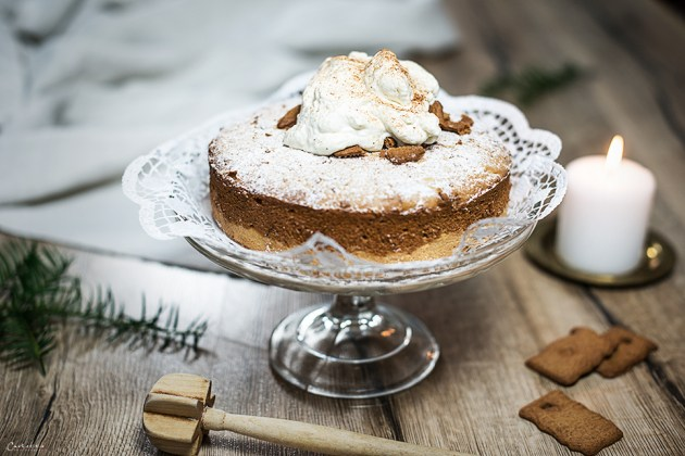 Lebkuchencreme Torte mit Zimttopping