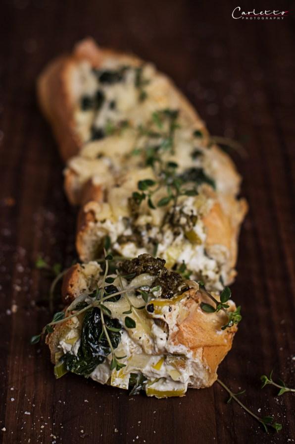 Gefülltes Frischkäse Spinat Baguette