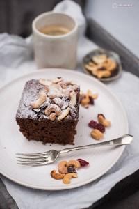 Schoko-Kastenkuchen mit Cashews Cranberry Mix