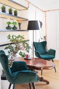 tisch und Sessel