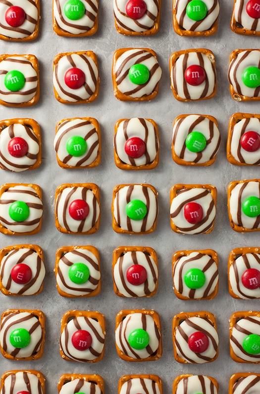 Pretzel MampM Hugs Christmas Style Cooking Classy