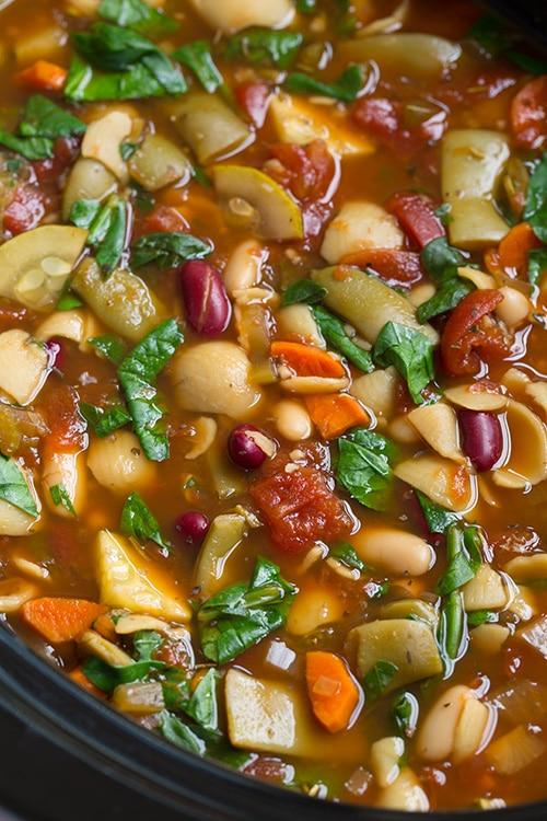 Olive garden copycat minestrone soup slow cooker simply recipes for Minestrone soup olive garden recipe