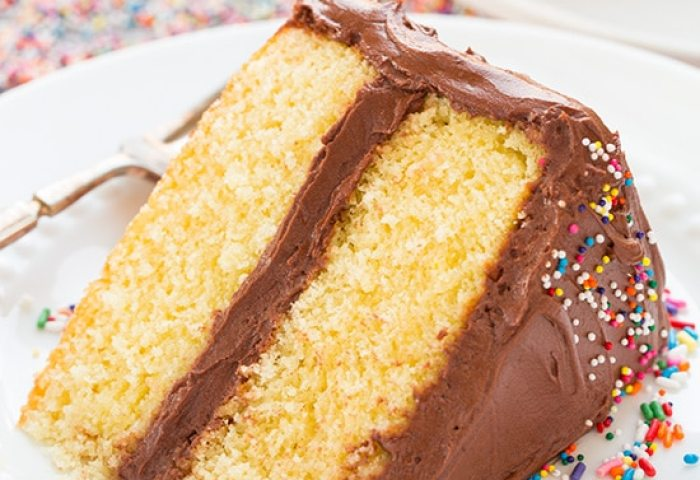 Yellow Cake With Chocolate Buttercream Frosting Cooking Classy
