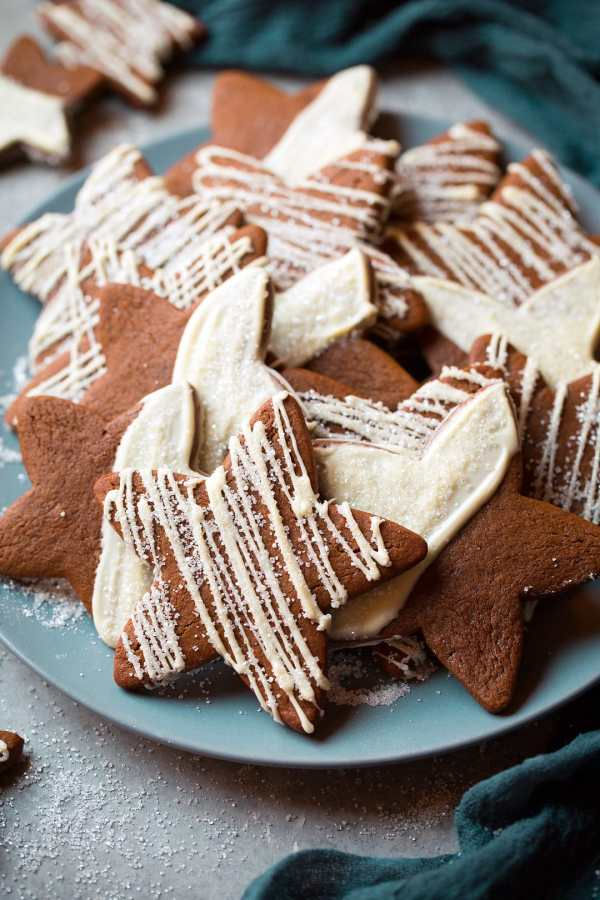 White Chocolate Gingerbread Star Cookies - Cooking Classy
