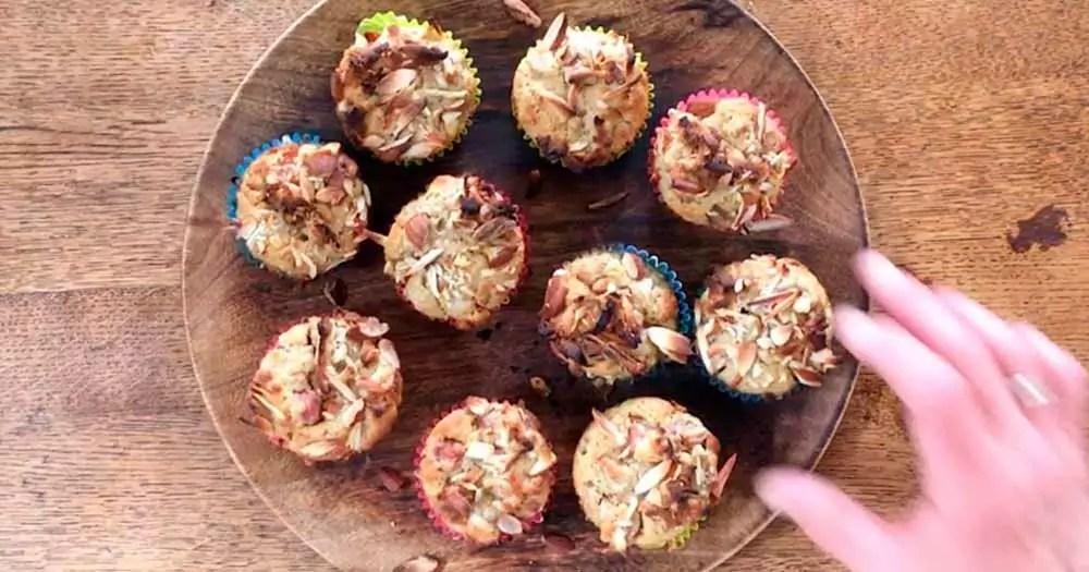 sundere rabarber-muffins fuldkorn opskrift