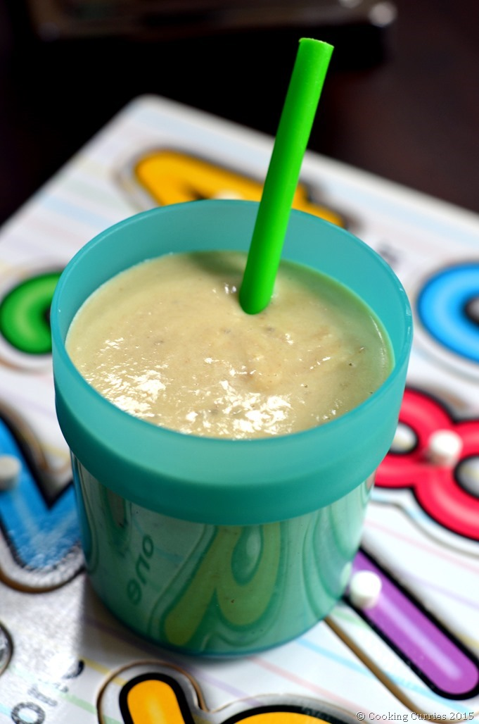 Breakfast Smoothie with Avocado Bananas Peanut Butter - Cooking CurriesLittle People Food - Toddler Food, Kids Meal (2)