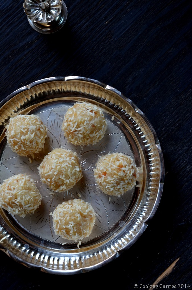 Coconut Khoya Laddoo- Coconut Condensed Milk Solids Balls - Indian Food, Recipe, Dessert, Festivals, Diwali, Diwali Sweet recipe - Cooking Curries - (2)