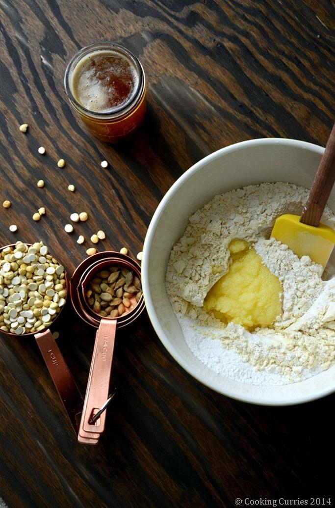 Maaladdu Maladu Maa Laddo Pottukadalai Laddoo - Diwali Recipe - Mirch Masala (2)