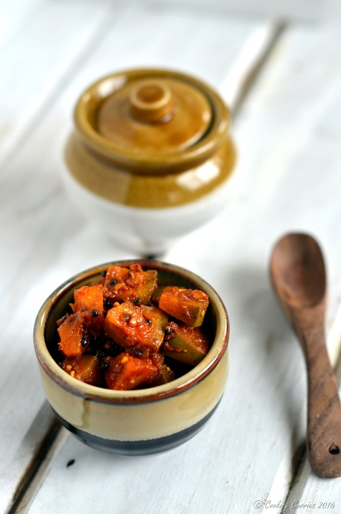 Instant Kerala Mango Pickle - Kadumanga Achar - Mangai Curry - A Kerala Sadya Recipe - www.cookingcurries.com (3)