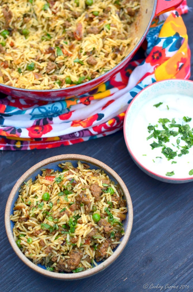 Keema Biryani - Biryani with Grount Lamb and Peas - www.cookingcurries.com (2)