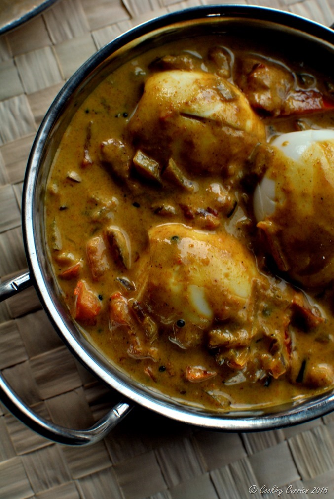 Kerala Style Egg Curry with Coconut Milk - www.cookingcurries.com (4)
