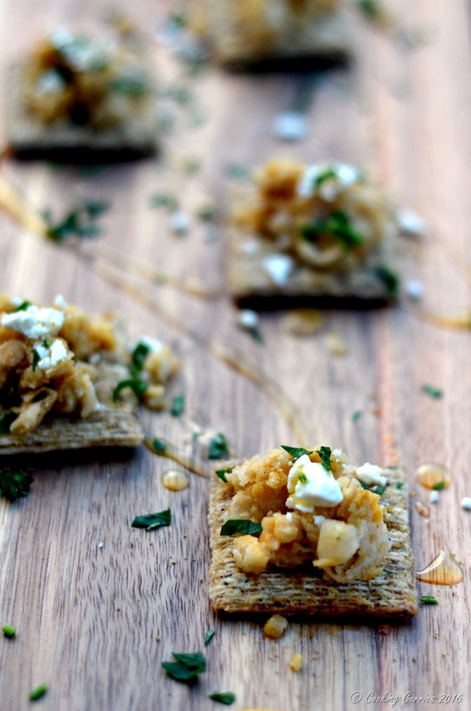 Smashed Chickpeas, Feta and Lemon Triscuit - www.cookingcurries.com (5)
