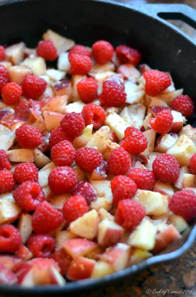 Brown Butter Nectarine Crisp with Raspberries - FoodieMamas - www.cookingcurries.com