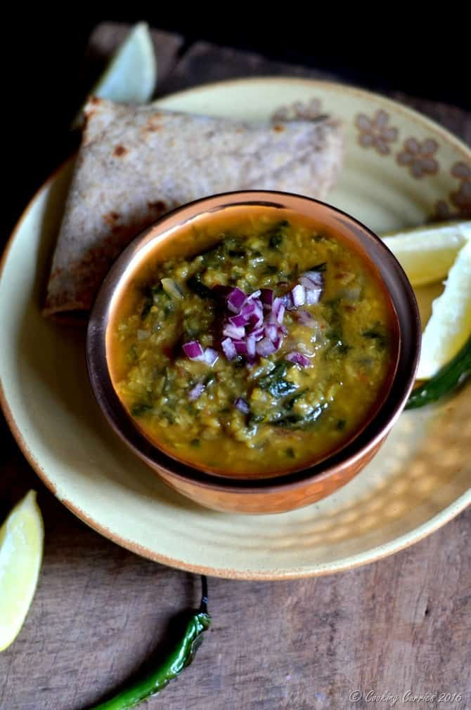 Dal Palak - Spinach with Moong Dal - Indian, Vegan, Vegetarian, Gluten Free - www.cookingcurries.com (4)
