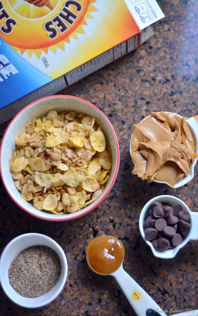 5 Ingredient Peanut Butter Chocolate Chips Cereal Bars - Little People Food - www.cookingcurries.com (3)