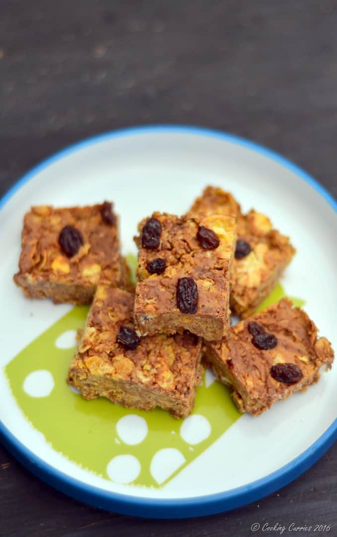 5 Ingredient Peanut Butter Chocolate Chips Cereal Bars - Little People Food - www.cookingcurries.com (11)