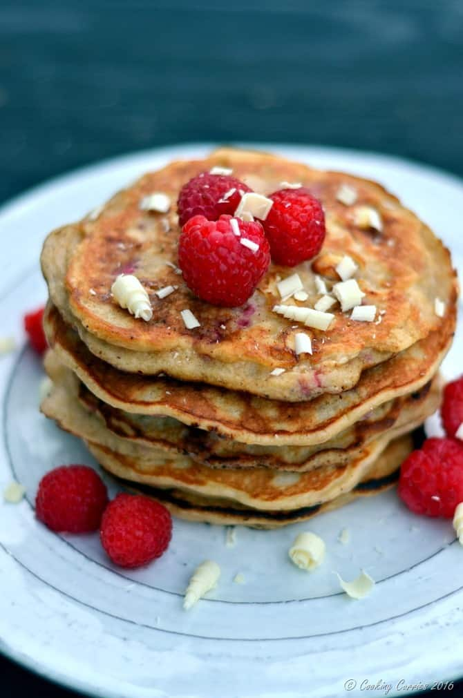 Raspberry White Chocolate Pancakes - FoodieMamas - www.cookingcurries.com