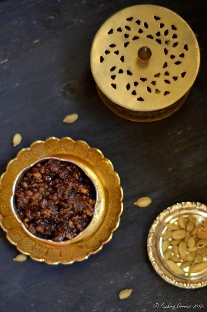 Sweet Payar Sundal - Green Mung With Jaggery, Cardamom and Coconut - Indian Festival Recipe - Navarathri, Diwali - Vegan, Gluten Free (4)