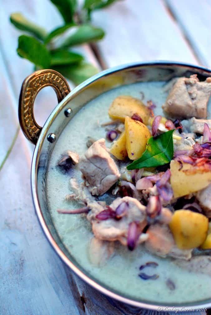Kerala Style Chicken Stew in Coconut Milk - Chicken Ishtoo -www.cookingcurries.com (2)