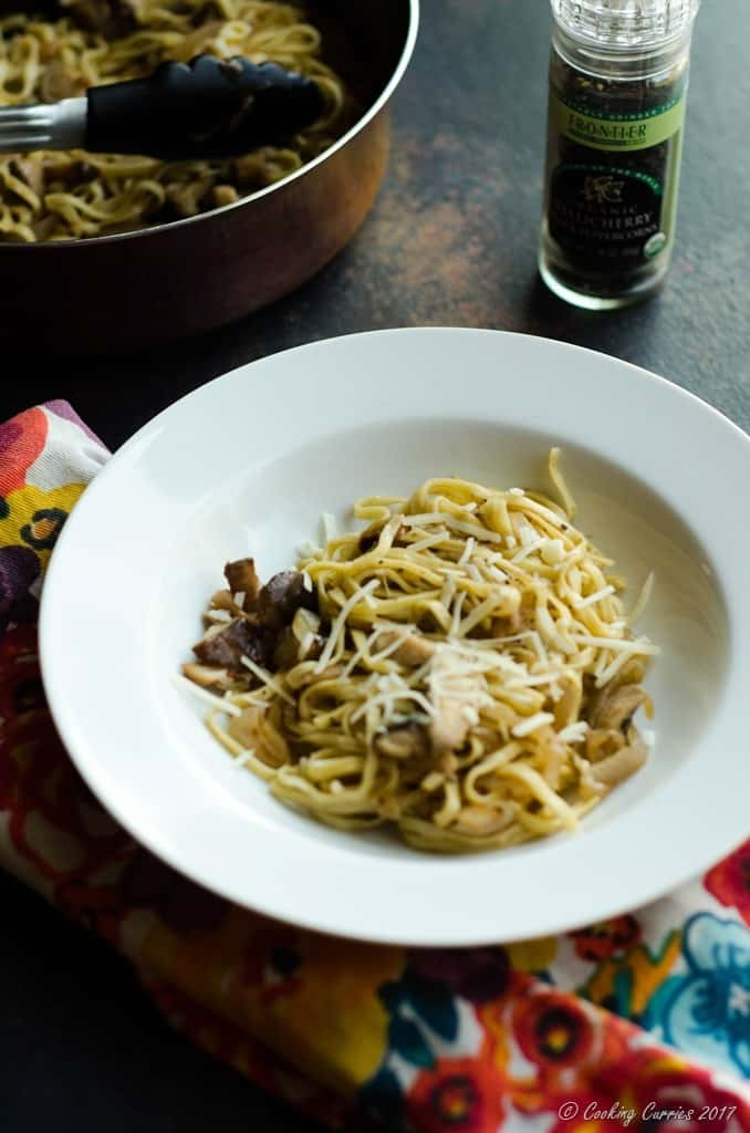 Linguine with Mushrooms in a White Wine Butter Sauce (4 of 6)