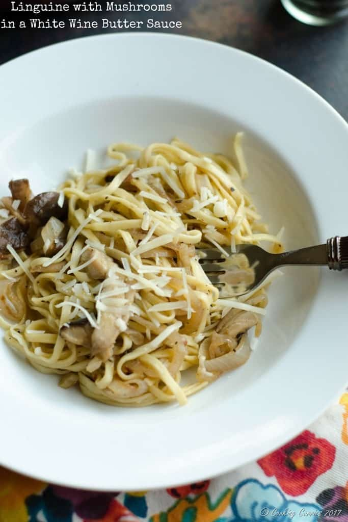 Linguine with Mushroomsin a White Wine Butter Sauce