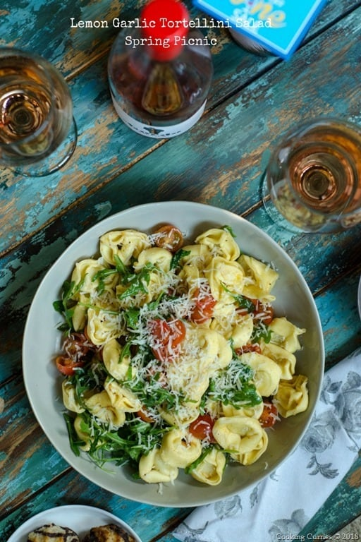 Lemon Garlic Tortellini SaladSpring Picnic