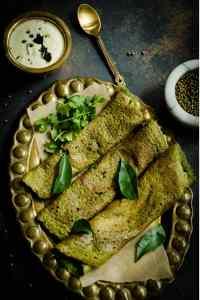 Spinach Pesarattu – Gluten Free Spinach Mung Bean Crepes