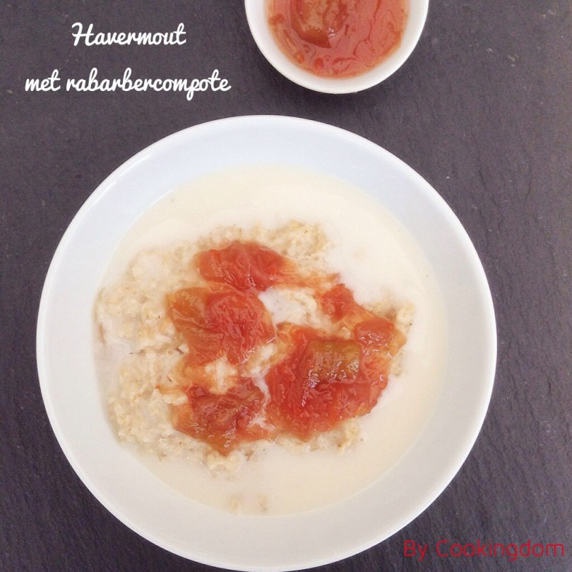 Havermout met rabarbercompote by Cookingdom